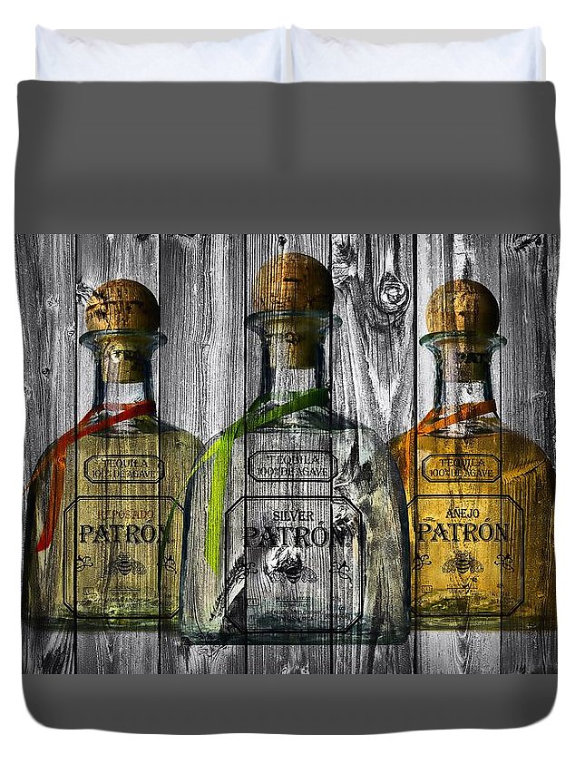 Patron Barn Door Duvet Cover featuring the photograph Patron Barn Door by Dan Sproul