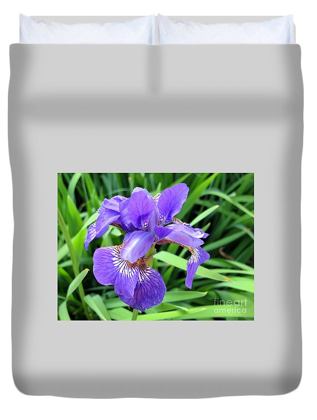 Flower Duvet Cover featuring the photograph The Beauty Of It All by Jaunine Roberts
