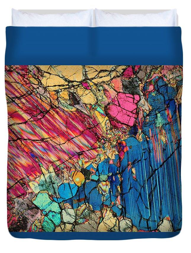 Aesthetic Duvet Cover featuring the photograph Peridotite by Bernardo Cesare