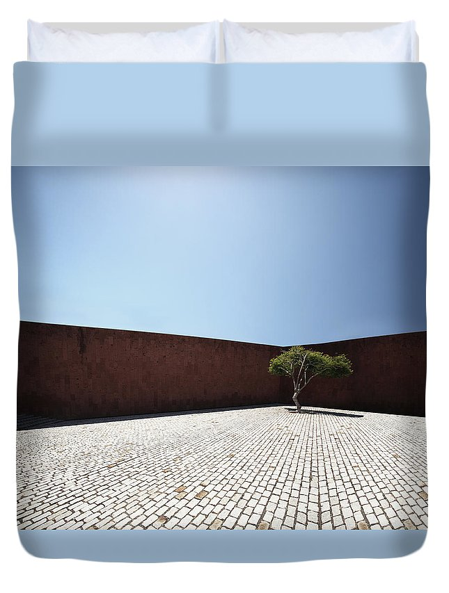 City Duvet Cover featuring the photograph Perspective View On Square With Tree by Stanislaw Pytel
