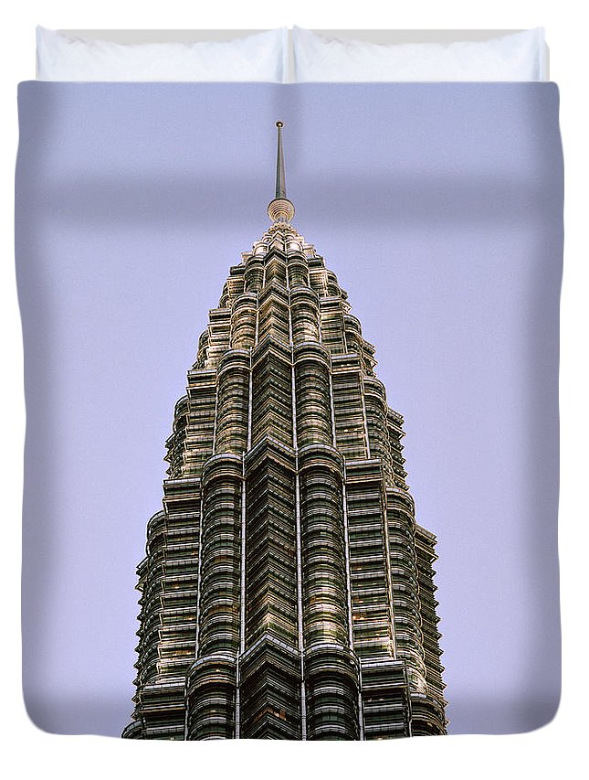 Petronas Towers Duvet Cover featuring the photograph Petronas Pinnacle by Shaun Higson