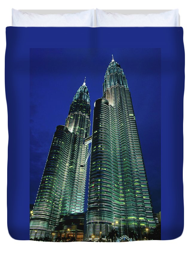 Southeast Asia Duvet Cover featuring the photograph Petronas Towers by John Elk