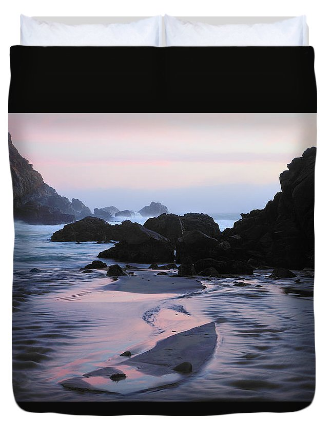 Water's Edge Duvet Cover featuring the photograph Pfeiffer Beach Rocks, Purple Sand And by Terryfic3d