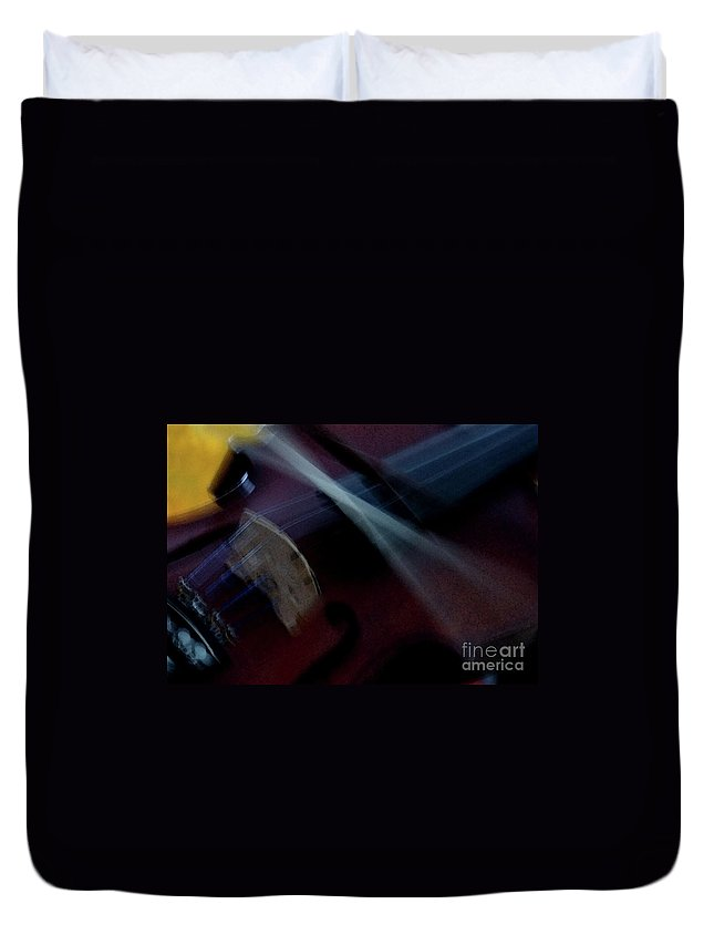 Violin Duvet Cover featuring the photograph Phoebe's Violin by Linda Shafer