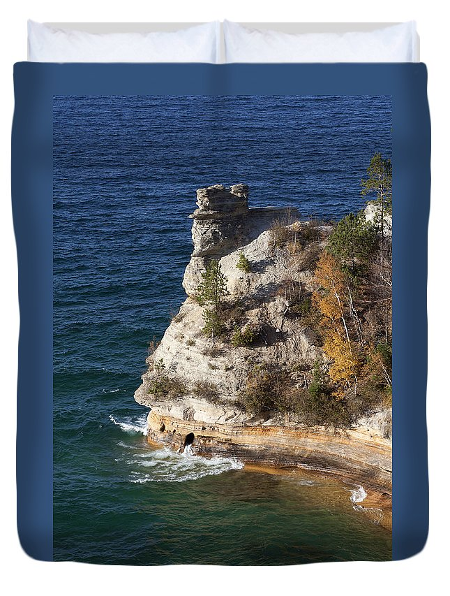 Pictured Rocks Duvet Cover featuring the photograph Pictured Rocks National Lakeshore 2 by Debby Richards