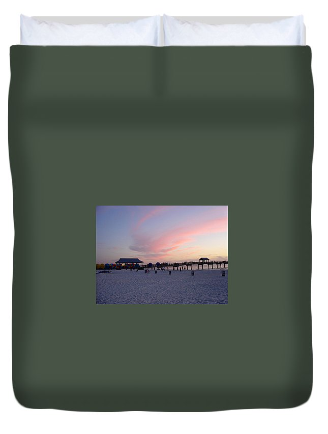 Pier 60 Duvet Cover featuring the photograph Pier 60 by David Nicholls