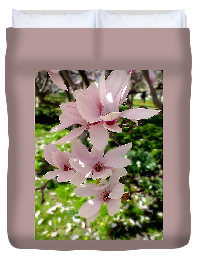 Nature Duvet Cover featuring the photograph Pink by Peggy King