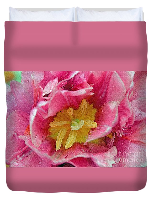 Pink Duvet Cover featuring the digital art Pink Peony Tulip With Raindrop by Eva Kaufman