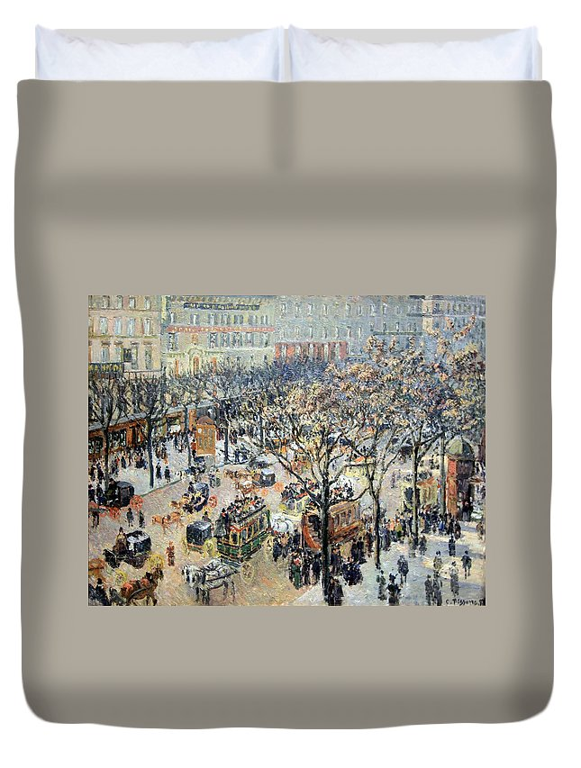 Boulevard Des Italiens Duvet Cover featuring the photograph Pissarro's Boulevard Des Italiens In Morning Sunlight by Cora Wandel