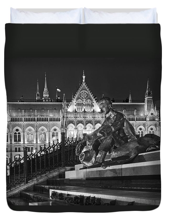Joan Carroll Duvet Cover featuring the photograph Poet And Parliament by Joan Carroll