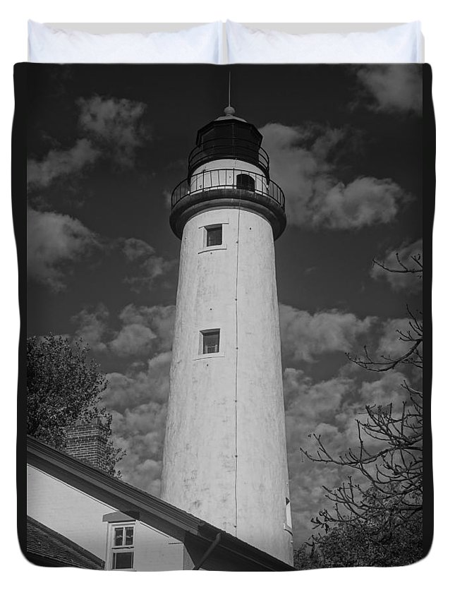 Lighthouse Duvet Cover featuring the photograph Pointe Aux Barques Lighthouse Black And White by Daniel Thompson