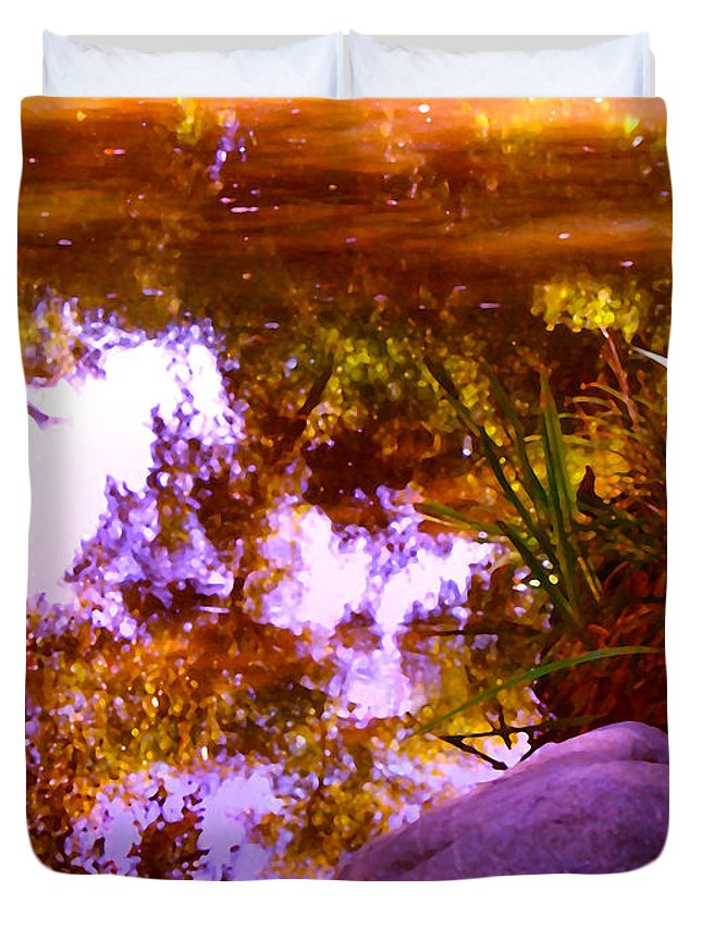 Landscapes Duvet Cover featuring the painting Pond Reflextions by Amy Vangsgard