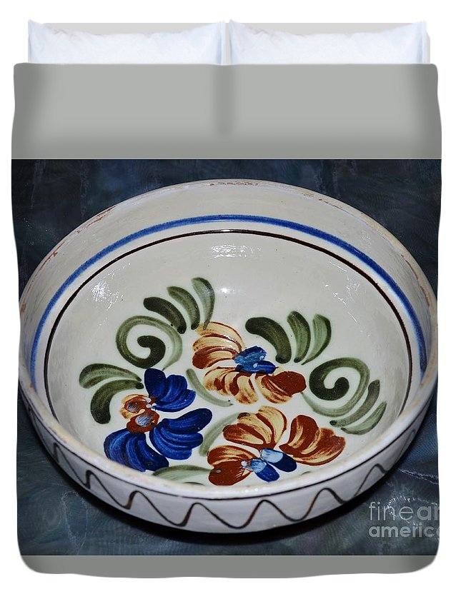Clay Pot Duvet Cover featuring the photograph Pottery - Flower Pot by Felicia Tica