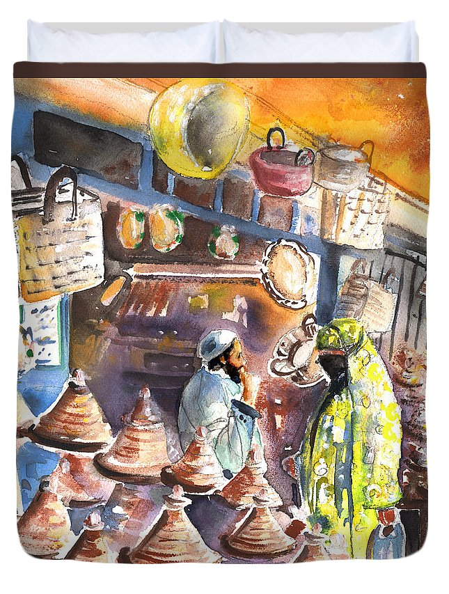 Travel Duvet Cover featuring the painting Pottery Seller In Essaouira by Miki De Goodaboom