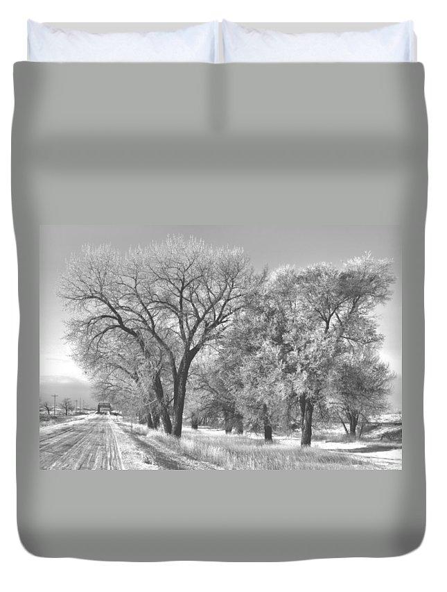 Trees Duvet Cover featuring the digital art Powder River Hoarfrost by Aliceann Carlton