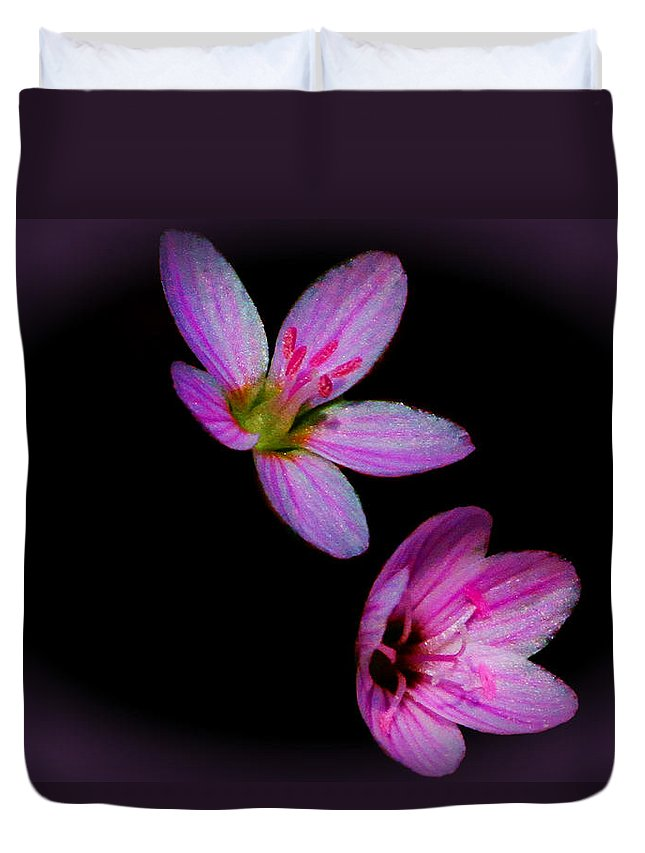 Flower Duvet Cover featuring the photograph Pretty In Pink by John Absher
