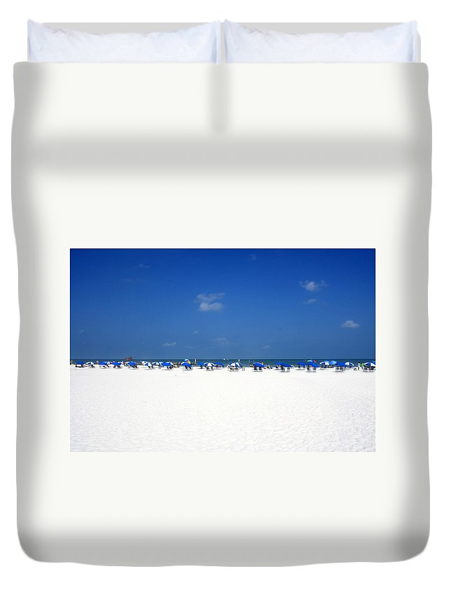 Clearwater Duvet Cover featuring the photograph Pristine Clearwater by David Nicholls
