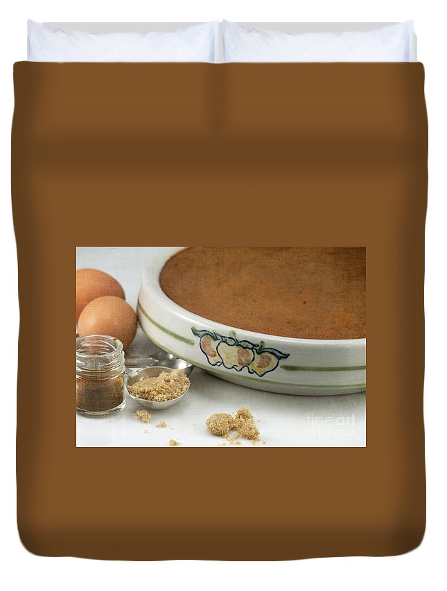 Baked Duvet Cover featuring the photograph Pumpkin Pie by Juli Scalzi