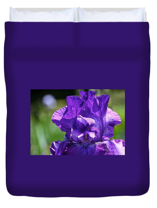 Flower Duvet Cover featuring the photograph Purple Pandora by Susan Herber