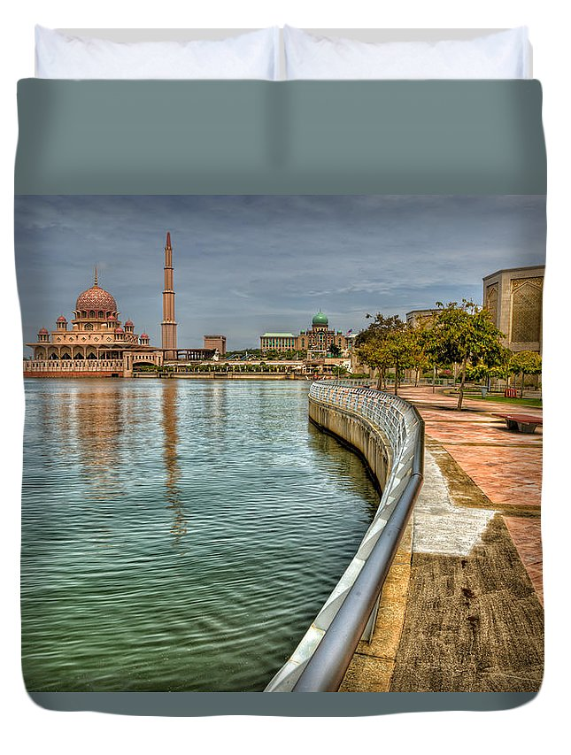 Mosque Duvet Cover featuring the photograph Putra Mosque by Adrian Evans