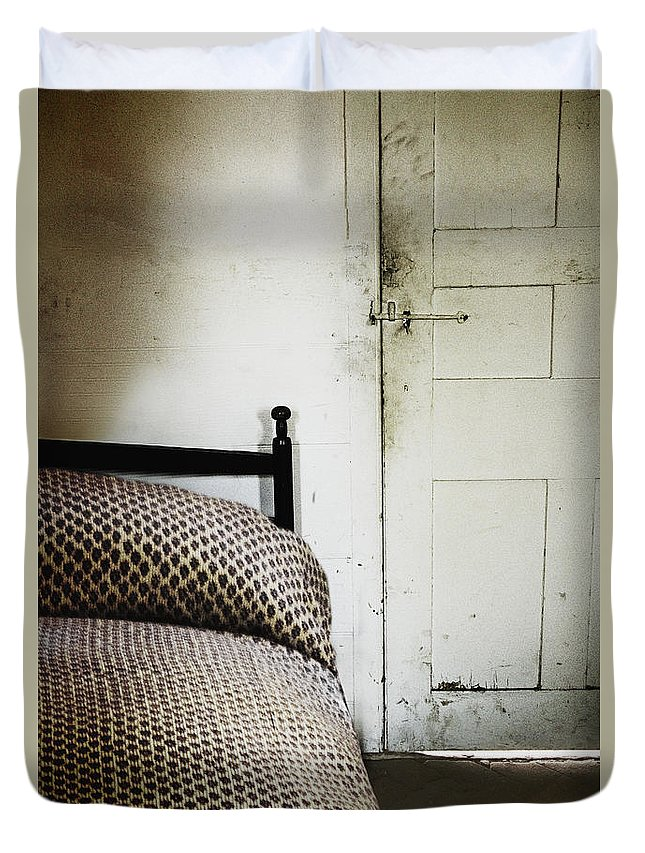 Bed Duvet Cover featuring the photograph Quaint by Margie Hurwich