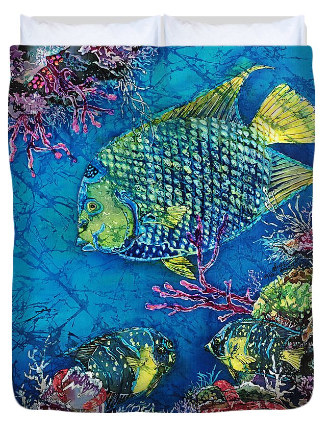 Angelfish Duvet Cover featuring the painting Queen Of The Sea by Sue Duda