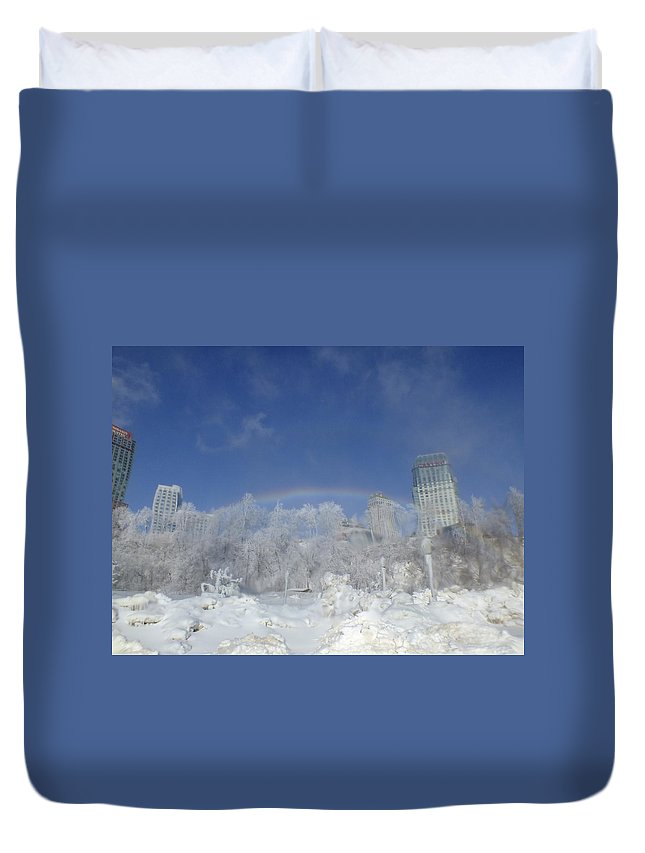 Niagara Falls Duvet Cover featuring the photograph Rainbow On Fallsview by Peggy King
