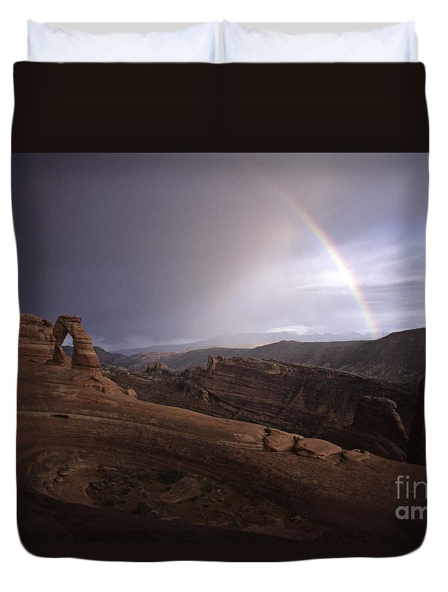Landscape Duvet Cover featuring the photograph Rainbow Over Delicate Arch by Jim Corwin