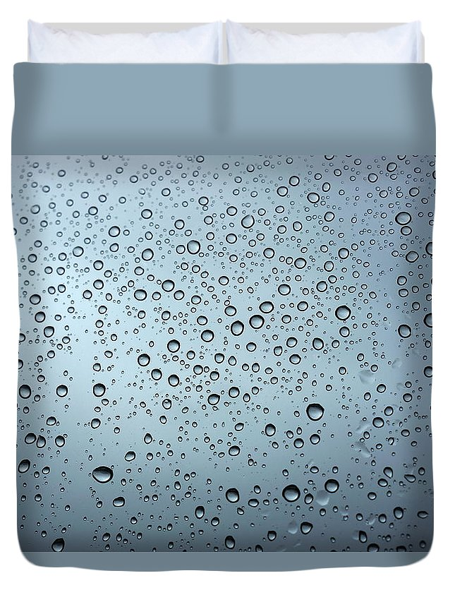 Horizontal Duvet Cover featuring the photograph Rainy Day Out by Nigel Killeen