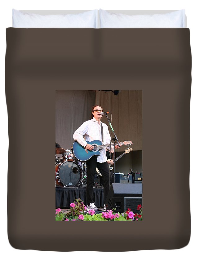 Chicago Duvet Cover featuring the photograph Ray Davies by Sheryl Chapman Photography