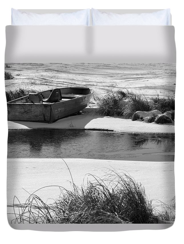 Winter Duvet Cover featuring the photograph Ready For Spring by Penny Meyers