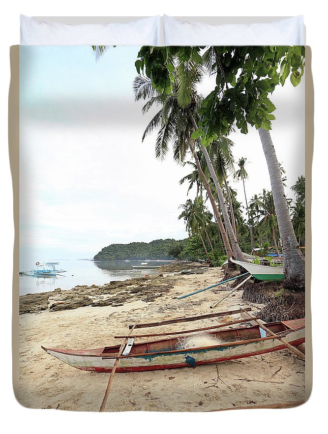 Water's Edge Duvet Cover featuring the photograph Ready To Fishing by Vuk8691