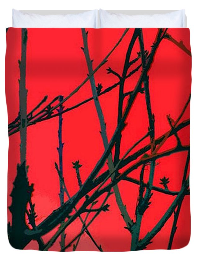 Red Duvet Cover featuring the digital art Red by Carol Lynch