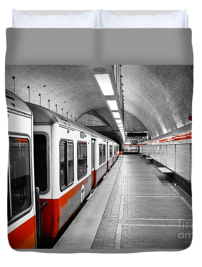 Red Duvet Cover featuring the photograph Red Line by Charles Dobbs