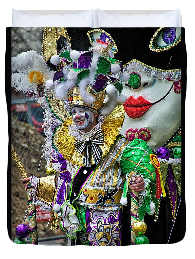 Mummer Duvet Cover featuring the photograph Red Lipped Mummer by Alice Gipson