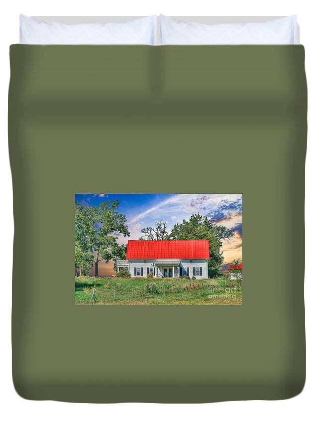 Red Roof Charm Duvet Cover featuring the photograph Red Roof Charm by Liane Wright