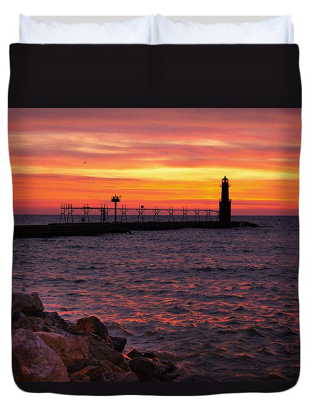 Lighthouse Duvet Cover featuring the photograph Red Sky At Morning by Bill Pevlor