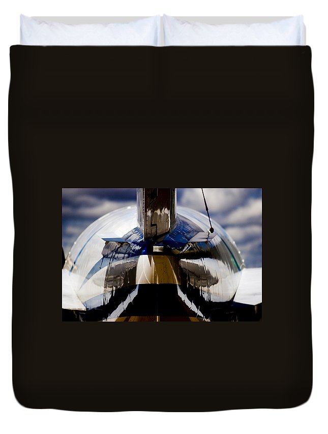 Beechjet 400 Duvet Cover featuring the photograph Reflections From The Back by Paul Job