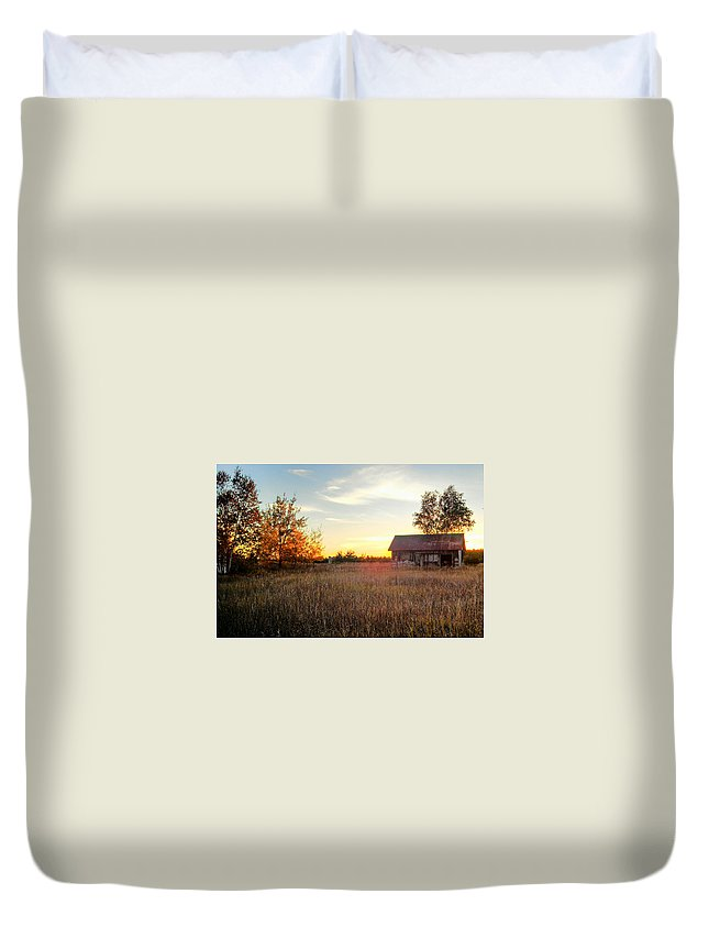 Sunset Duvet Cover featuring the photograph Resilience by Kim Ruley