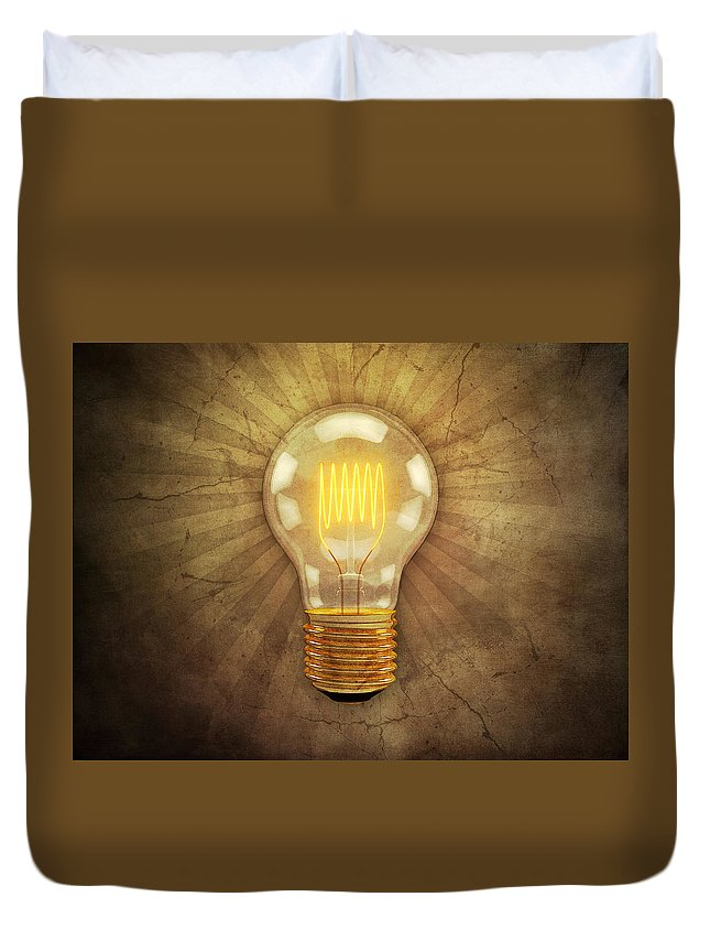 Lightbulb Duvet Cover featuring the digital art Retro Light Bulb by Scott Norris