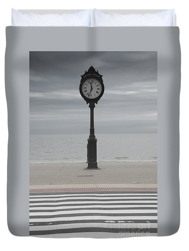 America Duvet Cover featuring the photograph Revere Beach by Juli Scalzi