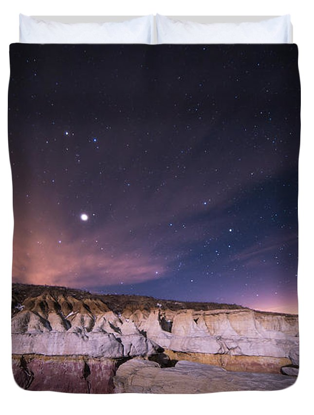 Calhan Paint Mines Duvet Cover featuring the photograph Rillin In The Years by Jon Blake