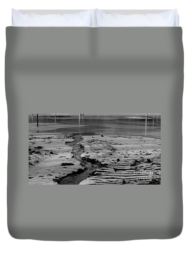 Stream Going Into Reservoir Duvet Cover featuring the photograph Ripples by Kitrina Arbuckle