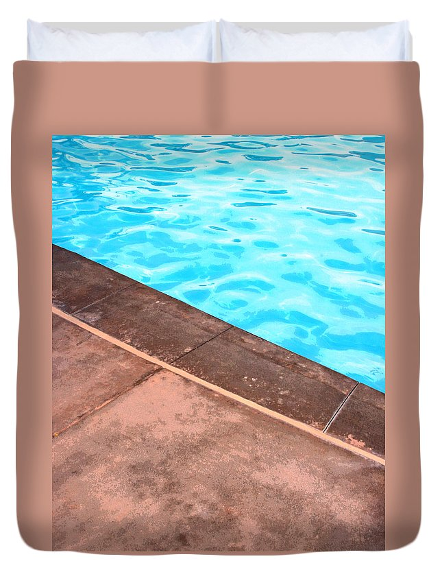 Riviera Hotel Duvet Cover featuring the photograph Riviera Pool Palm Springs by William Dey