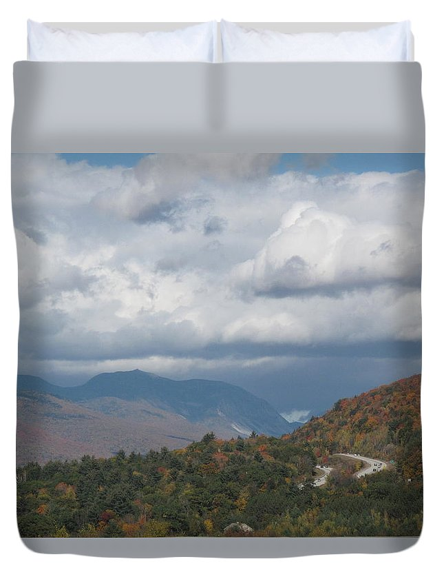 white Mountains Duvet Cover featuring the photograph Roadway To Lincoln by Barbara McDevitt