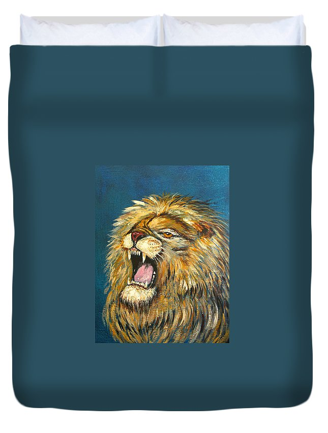 Roaring Lion Duvet Cover featuring the photograph Roaring Lion by Denise Warsalla