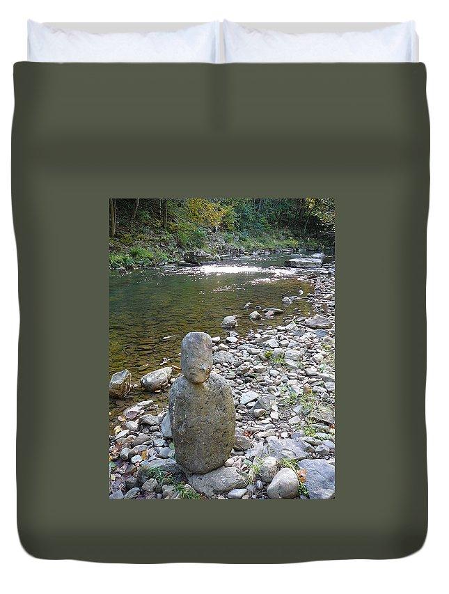 Bullpasture Gorge Duvet Cover featuring the photograph Rock Man by Two Bridges North