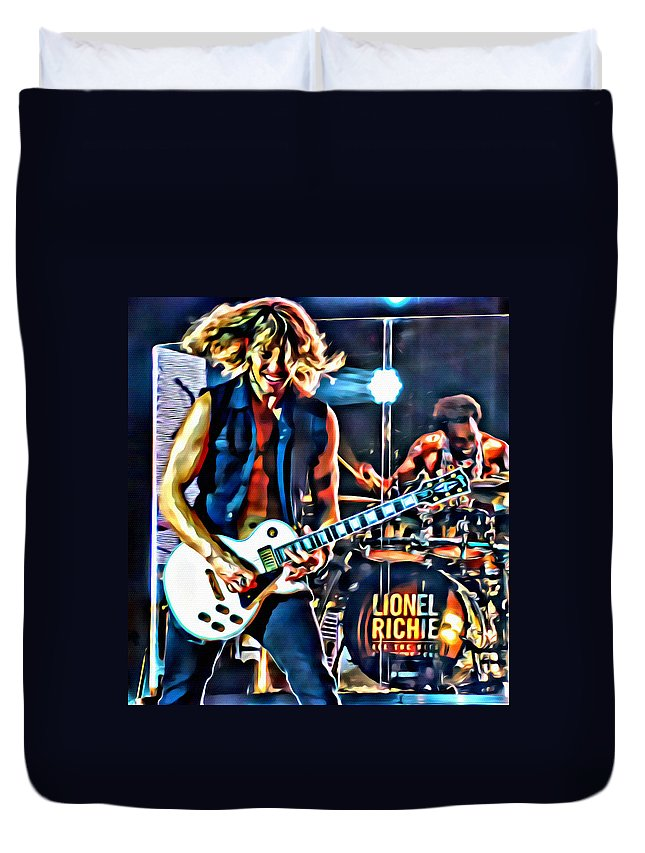 Lionel Ritchie Guitarist Duvet Cover featuring the photograph Rockin Guitarist by Alice Gipson