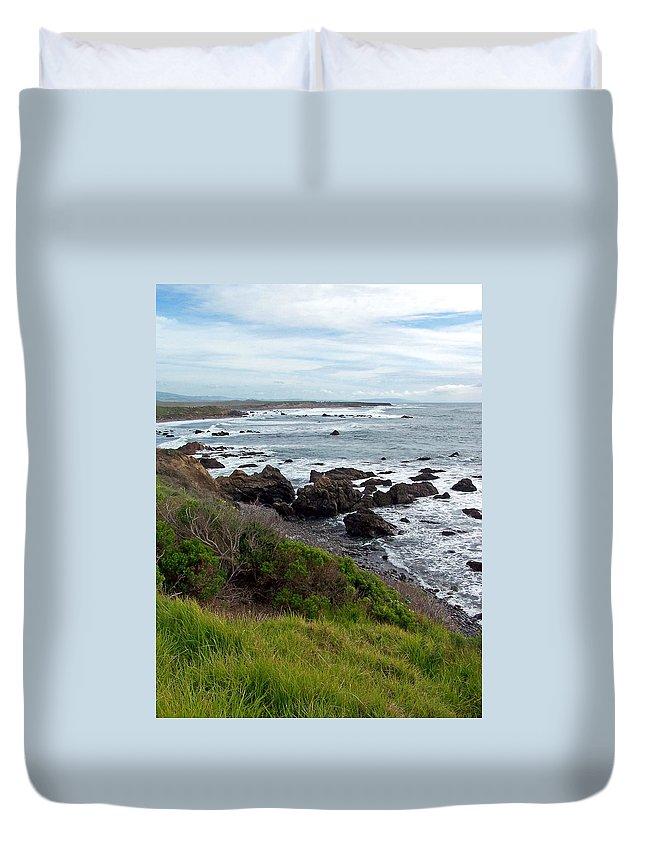 Coastline Duvet Cover featuring the photograph Rocky Beach by Jennifer Robin