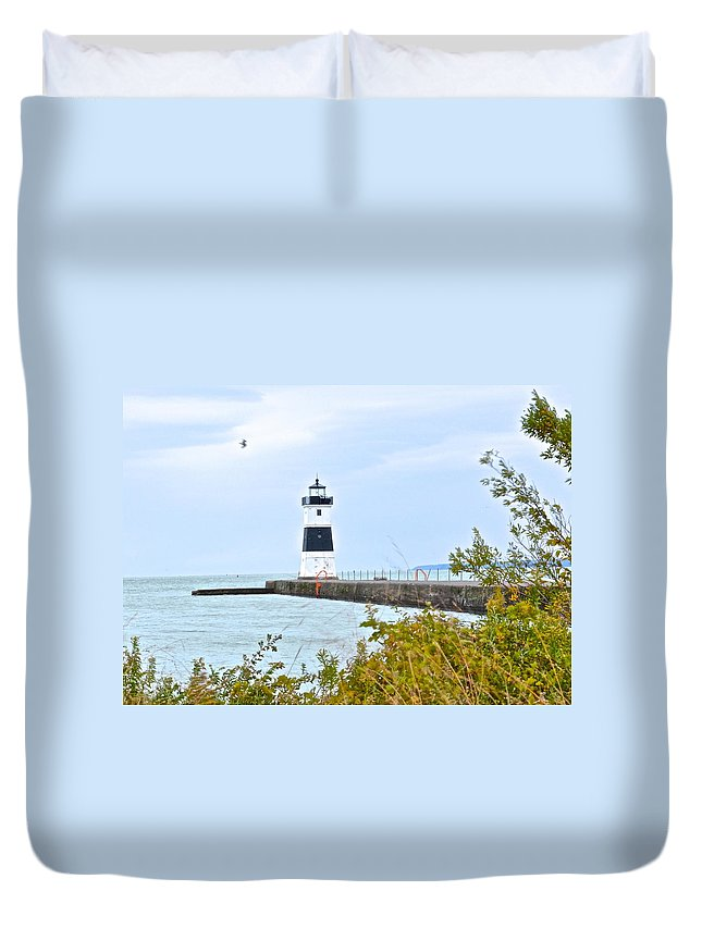 Cleveland Duvet Cover featuring the photograph Rocky River Pier by Frozen in Time Fine Art Photography